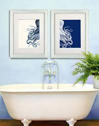 Royal Blue Bathroom Wall Decor by Best 25 Navy Blue Bathroom Decor Ideas On Pinterest Navy