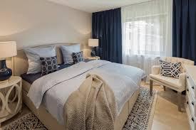 schlafzimmer in beige weiss und blau tönen homemate gmbh