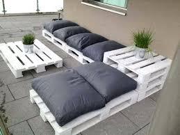 fabriquer canapé d angle en palette fabriquer canape d angle envie de fabriquer un salon de jardin