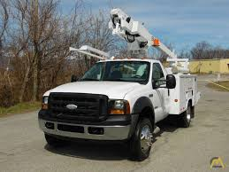 100 35 Ford Truck Altec AT200A Telescopic Boom Bucket On F450 XL SD
