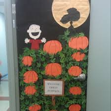 Halloween Classroom Door Decorations by I Think We Need To Do This On A Door For Sure The Great