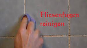 lifehack fliesenfugen und fliesen richtig reinigen fliesenfugen sauber machen schimmel