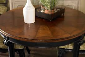 round dining table with leaf innards interior
