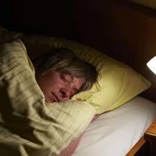 drei fehler im schlafzimmer die sie jede nacht um den