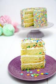 sprinkles cake funfetti torte baking barbarine