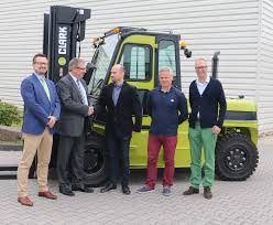 Clark Europe Strengthens Its Sales Network In Poland - Logistics ... Wupperclark Clark Europe Strgthens Its Sales Network In Poland Logistics 1986 Ford F700 Alto Ga 112918006 Cmialucktradercom 1974 Gmc 6500 Single Axle Day Cab Tractor For Sale By Arthur Trovei Staff Clarks Truck Center Dearborn Ford Used Car Dealerships Kamloops Bc Dealer Dallas Intertional Commercial New Medium Airdrie About Cam Calgaryairdrie Sussex Vehicles Sale Lighting Alburque Mexico Equipment Mccomb Diesel Western Star