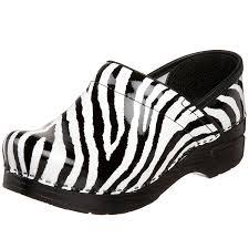 amazon com dansko women u0027s professional clog zebra patent 42 eu