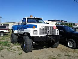 Chevrolet Kodiak 4x4 - Bing Images | Projects To Try | Pinterest ... 1993 Chevrolet Kodiak Truck Cab And Chassis Item Db6338 2006 Chevy 4500 Streetlegal Monster Truck Photo Image Chevrolet Trucks For Sale 2003 Chevy C4500 Regular Cab 81l Gas 35 Altec 1995 Atx Equipment 1996 Dump At9597 Sold March Mediumduty To Be Renamed Silverado Pickup By Monroe Rear 1991 Flatbed Ag9179 Au 6500 Tow 2010 Sema Show Custom What Power Looks Like Lifted Trucks Pinterest Cars Vehicle