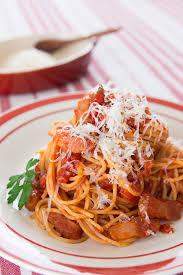 pates a l amatriciana spaghetti amatriciana recette amatrice pâtes et cuisines