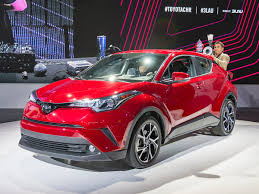 2018 Toyota C-HR Debuts In U.S. Trim - Kelley Blue Book | Toyota ...