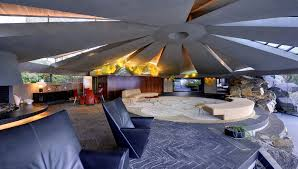 100 Lautner House Palm Springs Live Like A Bond Villain In The 105 Million Hideout From