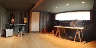 100 Shipping Container Studio Art And Recording Pad