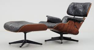 A Charles Ray Eames Lounge Chair And Herman Miller A Charles Ray ... Charles Ray Eames Lounge Chair Vitra 70s Okay Art Early Production Eames Rosewood Lounge Chair Ottoman Matthew Herman Miller Vintage Brazilian 67071 Original Rosewood 670 And Ottoman 671 For Herman Miller At For Sale 1956 Moma A