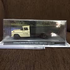 Jual Miniatur 1-43 Chevrolet Apache C30 1 Ton Truck James Bond 007 ...