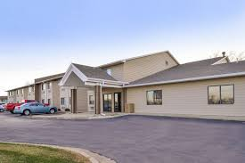 Bed And Biscuit Sioux City by Guesthouse Inn U0026 Suites Sioux Falls In Sioux Falls Hotel Rates