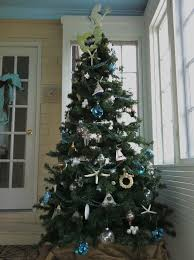 Seashell Christmas Tree Garland by 93 Best A Merry Little Christmas Images On Pinterest Shells
