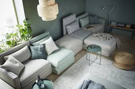 der neue ikea katalog 2020 gemütliches wohnzimmer
