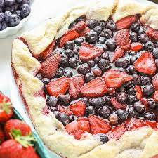 Featured Image Rustic Strawberry Blueberry Pie 1604