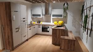 nobilia musterküche u form küche mit sitzbank