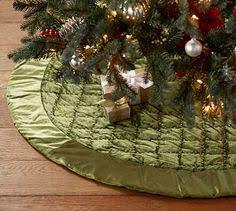 Shiny Velvet Quilted Tree Skirt