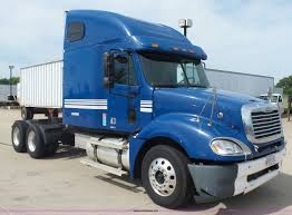 2005 Freightliner Columbia Semi Truck | Item BR9345 | SOLD! ... 2008 Kenworth T800 Oil Field Truck For Sale 16300 Miles Sawyer Mack Trucks Wikipedia Midway Ford Center New Dealership In Kansas City Mo 64161 Commercial Rental Nikola A Tesla Competitor Scores Big Electric Truck Order From 2019 E350 Kuv Valley Fab And Repair Pin By Us Trailer On Pinterest Moving Rentals Budget 9400 Archives Sunday