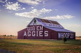 The Aggie Barn - Landscape And Nature Photography On Fstoppers Luxury Home And Stables Minutes From College Station Tx Brittani Tyler Bradys Bloomin Barn Allison Jeffers Wedding Jerry Bosserts Saratoga Selections Friday Aug 18 Horse Every Time I Pass The Aggie Baylor The History Nostalgia Of Texas Hill Country Red Barns A Lighthouse At Night Memories By Ricardo S Nava Photo 25156391 500px So Average Adult Super Wide Reagan Stuart Seeger Flickr Best Little Things In Wranglers Coming To Dance Houston Am Club Whoop Megan Jewell Photography