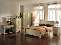 Oak Bedroom Furniture Sets – A Few Benefits