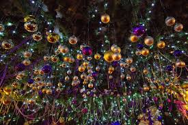 Nbc Christmas Tree Lighting 2014 by English Pub Spends 1700 Per Week On Electricty For Christmas
