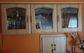 esszimmer sideboard vitrine hängend