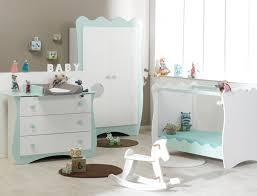 chambre bébé roumanoff de nouvelles couleurs pour la chambre bébé doudou le de