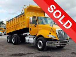 DUMP TRUCK - TANDEM AXLES FOR SALE