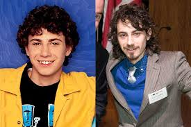 Suite Life On Deck Cast 2017 by Where Did These 25 Disney Channel Stars Wind Up