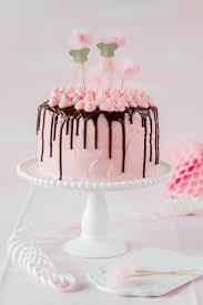 rosa mädchen torte rezept geburtstag backen drip cake