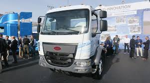 100 Peterbilt Trucks Pictures Unveils Electric MediumDuty Truck At CES Transport Topics