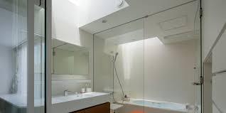 oberlichtfenster im bad installieren velux magazin