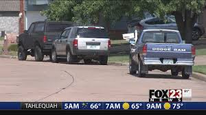 Latest Tulsa News Videos | FOX23 Former Arrow Trucking Ceo Says Hes Guilty Youtube Update Truck Mses Up Every Day Someone Helparrow Truck Sales Prob Sold Used Cars For Sale Broken Ok 74014 Jimmy Long Country Us Driving School Tulsa Top 25 Ok Rv Rentals And Latest News Videos Fox23 Vnose Lark Car Hauler Enclosed Cargo Trailer Oklahoma Hitch It Tr