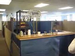 Office Cubicle Halloween Decorating Ideas by Halloween Cubicles Best 25 Halloween Cubicle Ideas On Pinterest