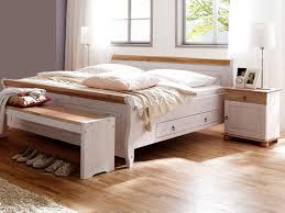 diffusion oslo bett mit 2 schubkästen liegefläche wählbar optional mit nachtkommoden und bettbank ausführung kiefer massivholz weiß mit