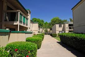 1 Bedroom Apartments In Oxford Ms by Glen Hollow Apartments Starkville Ms Getpaidforphotos Com