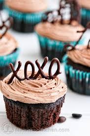 Chocolate Cupcakes 500x750
