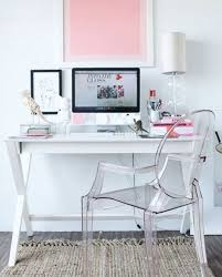 Acrylic Desk Chair On Casters by Best 25 Clear Chairs Ideas On Pinterest Ghost Chairs Ghost