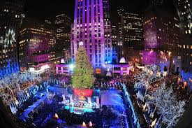 Christmas Tree Rockefeller Center 2016 by Rockefeller Christmas Tree Through The Years See Photos Am New York