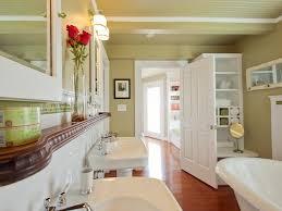 small bathroom storage solutions diy