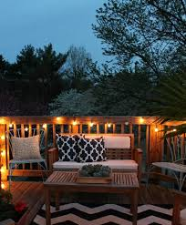 Small Backyard Decorating Ideas by Best 25 Outdoor Deck Decorating Ideas On Pinterest Deck