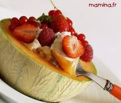 dessert aux fruits d ete melon et sa chantilly réglissée aux fruits d été dessert
