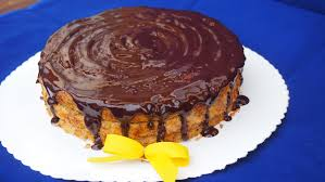 karottenkuchen mit selbstgemachter schokoglasur
