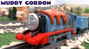 Tidmouth Sheds Trackmaster Toys R Us by Thomas And Friends Toys R Us Trackmaster Muddy Gordon Thomas Y Sus