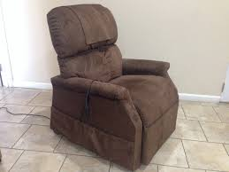 Golden Technologies Lift Chair Manual by Used Golden Technologies Comforter Pr505m Maxicomfort Lift Chair