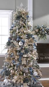 If You Want To Give A Grand And Majestic Look Your Christmas Tree Decorate It With Velvet Ribbons In Similar Or Contrasting Color As Seen The
