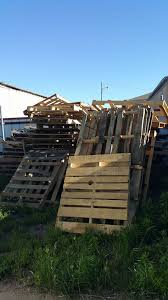 FREE PALLETS AT OUR WAREHOUSE CONTACT Amarillo Furniture